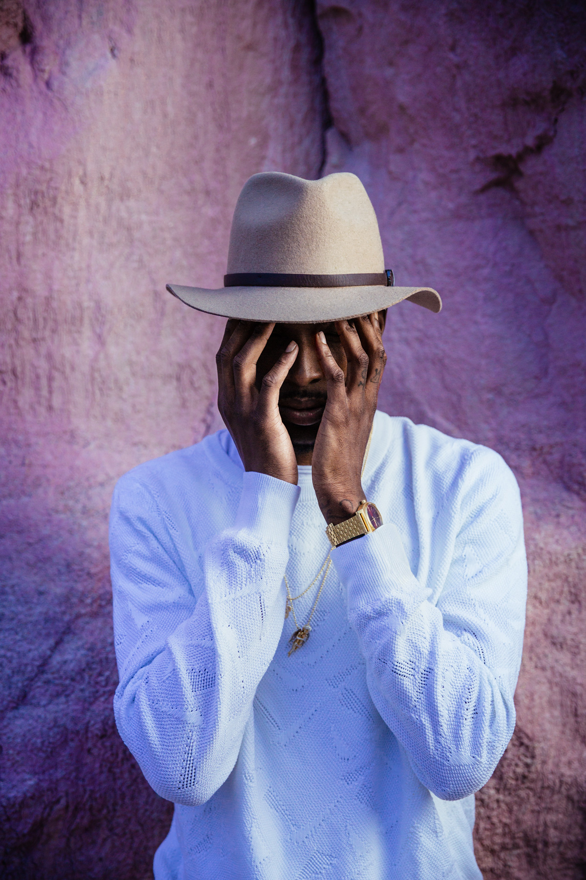 Pries album cover hands covering face